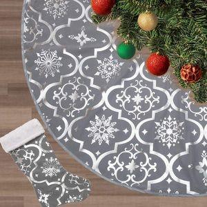 🎀 NEW Christmas Tree Skirt 🎀 Grey/Silver